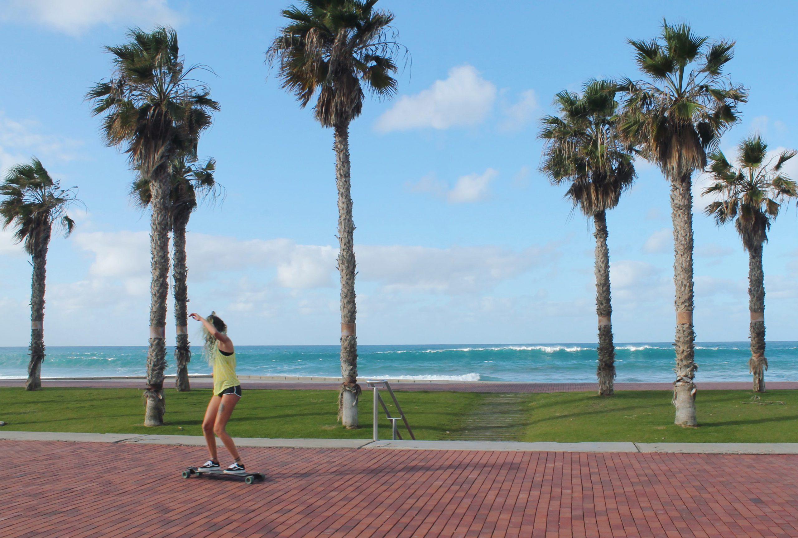 skateboaring-feel-surf-camp-las-palmas