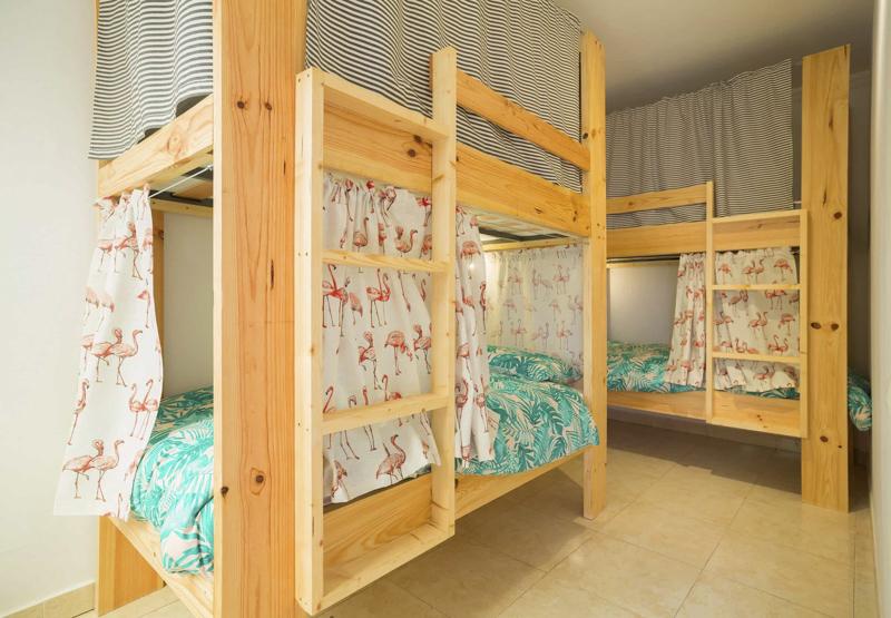 surf-hostel-surf-camp-las-palmas-la-ventana