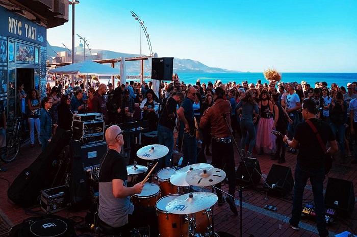 concierto playa viva surf camp
